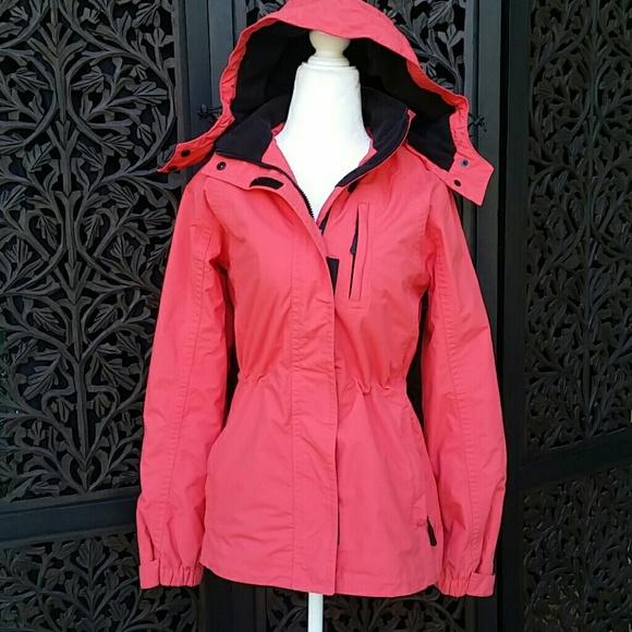 22d48d6e4e4 Eddie Bauer WeatherEdge Fleece Lined Salmon Coat
